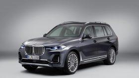 BMW X7 Estudio 01