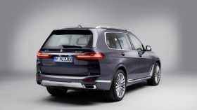 BMW X7 Estudio 05