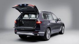 BMW X7 Estudio 06