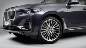 BMW X7 Estudio 12