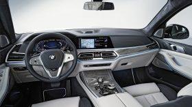 BMW X7 Estudio 16