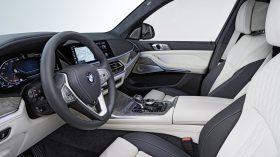 BMW X7 Estudio 17