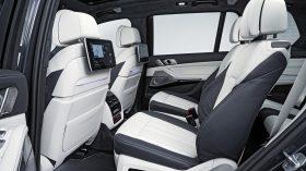 BMW X7 Estudio 19