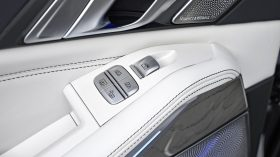 BMW X7 Estudio 22