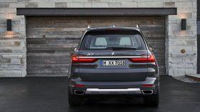 BMW X7 Exterior 07