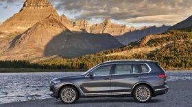BMW X7 Exterior 18