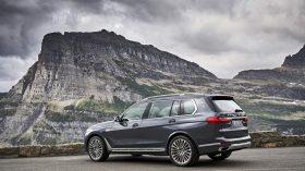 BMW X7 Exterior 23