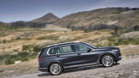 BMW X7 Exterior 24