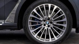 BMW X7 Interior 12