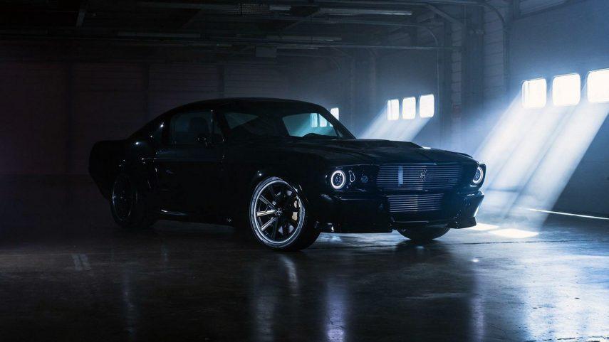 Charge Mustang: clásico por fuera, moderno por dentro