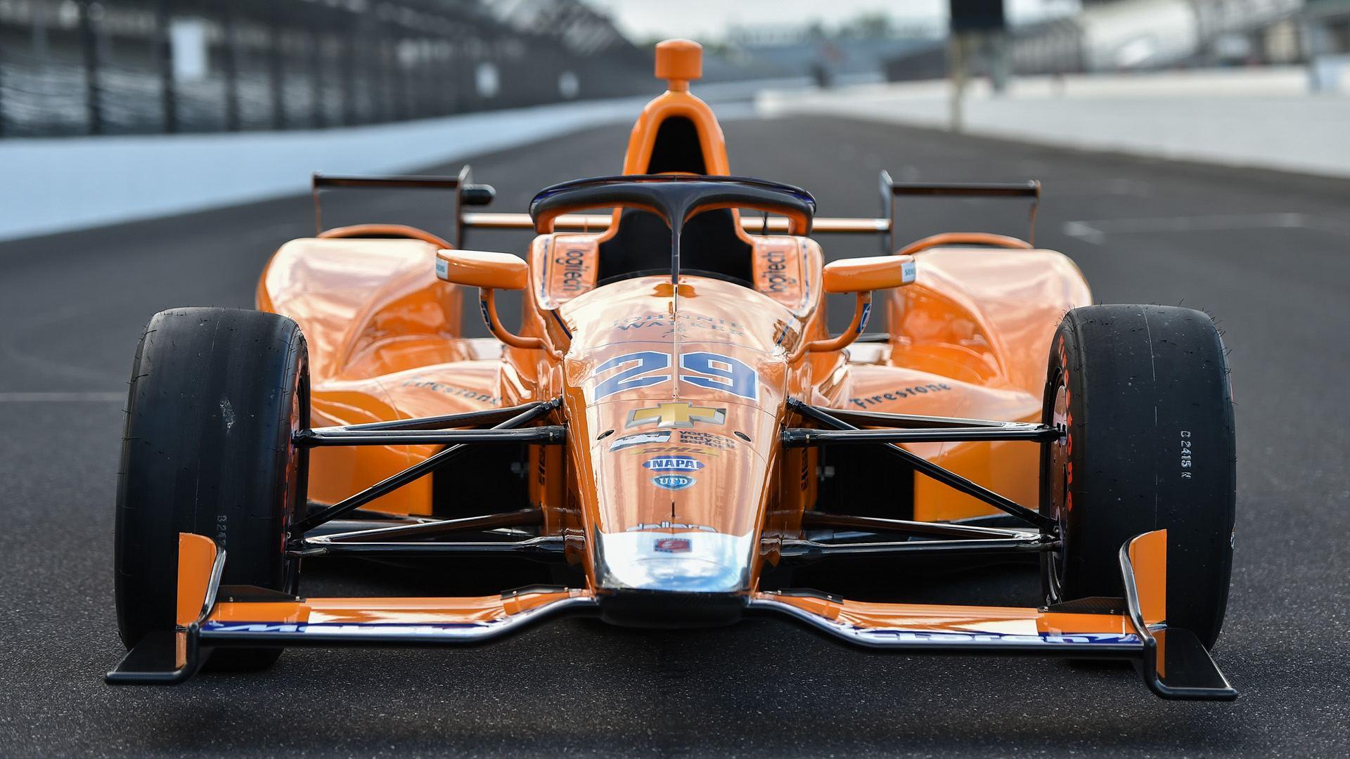 La IndyCar introduce el HALO con la llegada de ALO