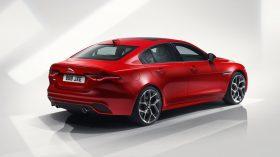 Jaguar XE 2019 10