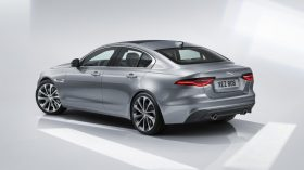 Jaguar XE 2019 14