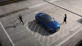 Jaguar XE 2019 15