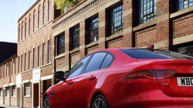 Jaguar XE 2019 31