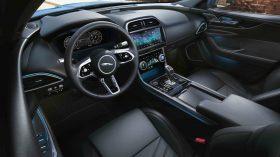 Jaguar XE 2019 35
