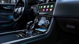 Jaguar XE 2019 41