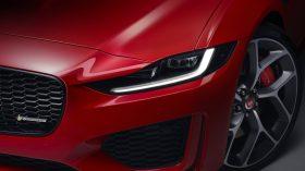 Jaguar XE 2019 5
