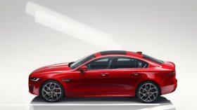Jaguar XE 2019 8