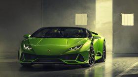 Lamborghini Huracan EVO Spyder 8