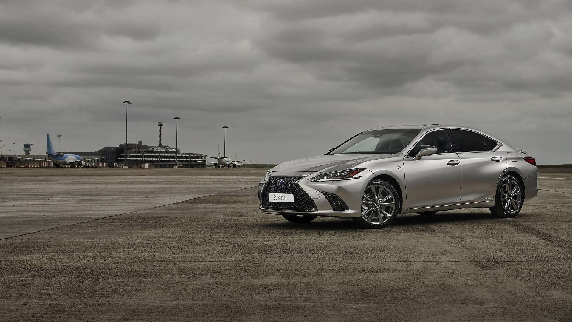 Lexus ES 300h 1