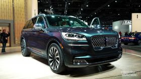 Lincoln Aviator 3