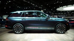 Lincoln Aviator 5