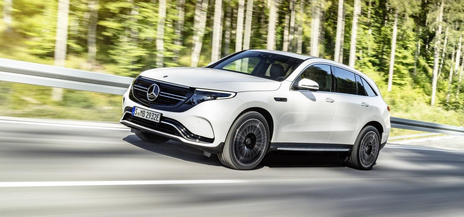 Mercedes EQC 16