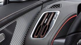 Mercedes EQC 18