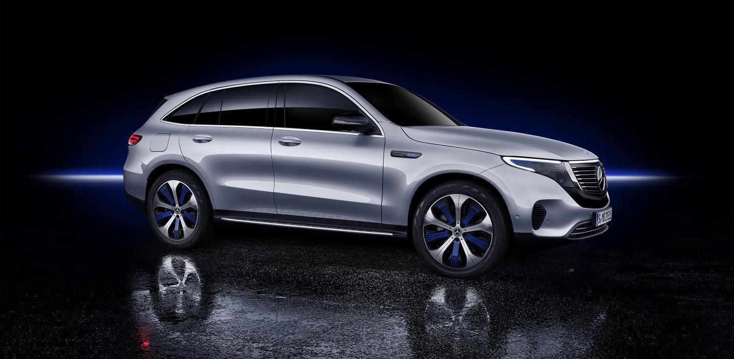 Mercedes EQC 3