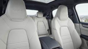Porsche Cayenne Coupe Interior 10