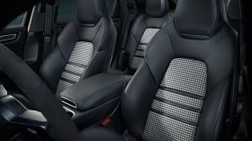 Porsche Cayenne Coupe Interior 12
