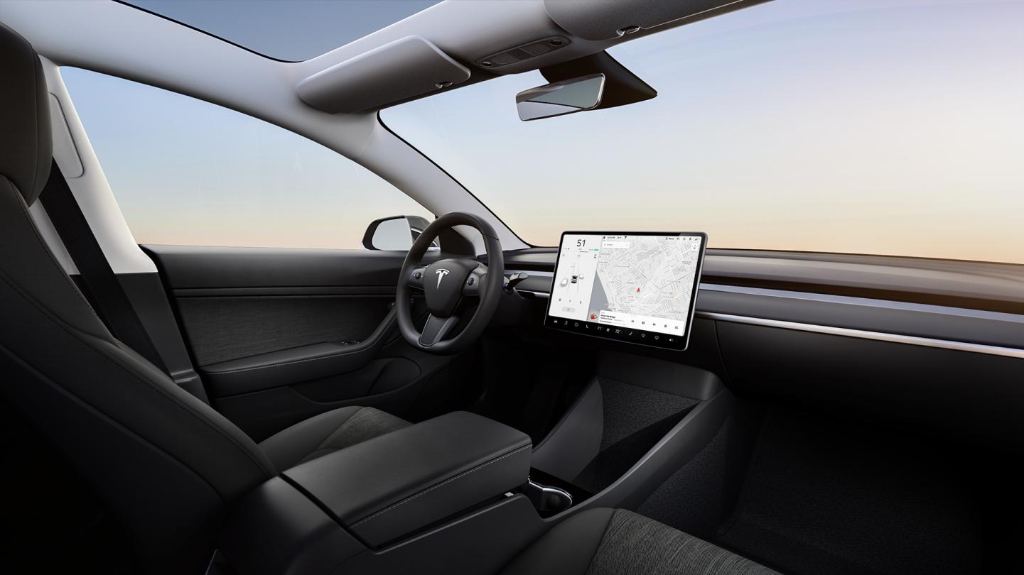 Tesla Model 3 Interior Basico