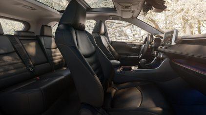 Toyota RAV4 2018 6