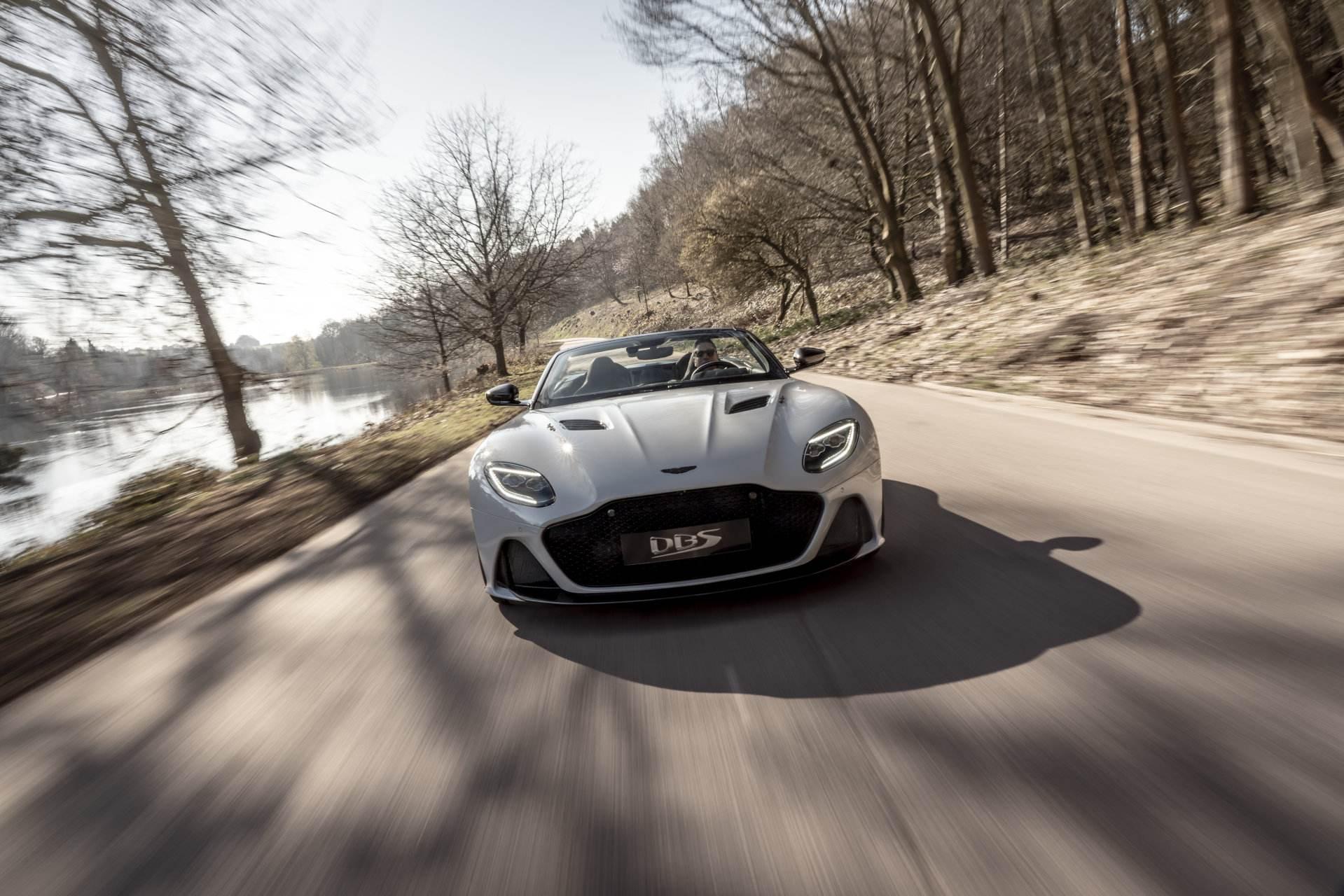 Aston Martin DBS Superleggera Volante 2019 06