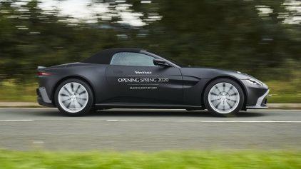 Aston Martin Vantage Volante 2