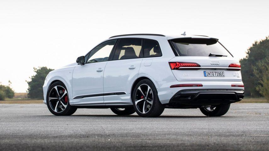 El nuevo Audi Q7 60 TFSIe quattro ya está disponible desde 89.460 euros