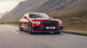 bentely flying spur v8 (2)