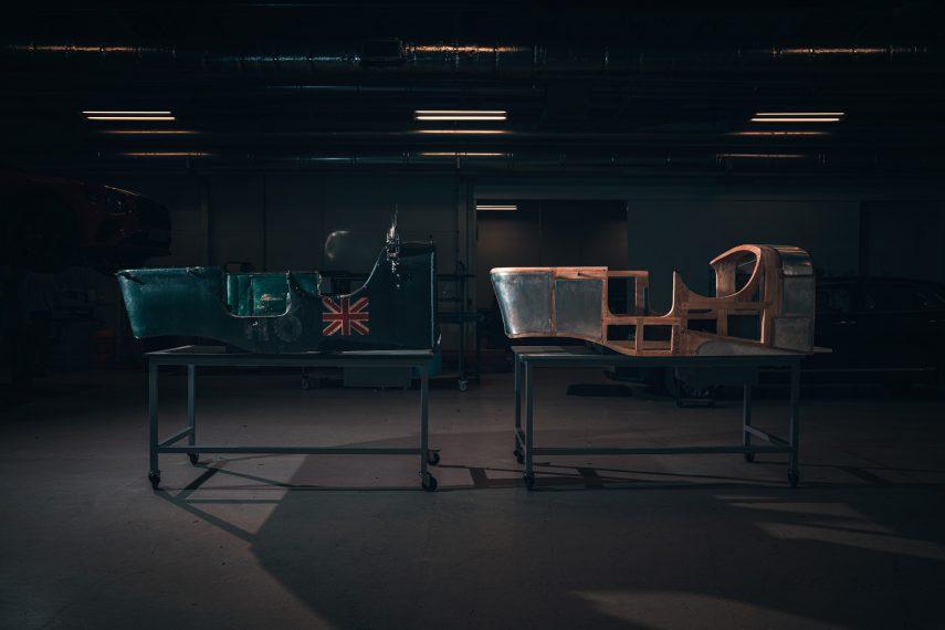 """Comienza el montaje del """"coche cero"""" del nuevo Bentley Blower"""