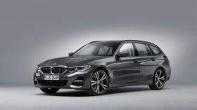 BMW 3 Touring 2019 Estudio 01