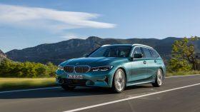 BMW 3 Touring 2019 Luxury Line 04