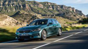 BMW 3 Touring 2019 Luxury Line 07