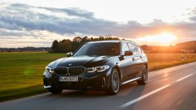 BMW M340i xDrive Touring 2019 01