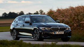 BMW M340i xDrive Touring 2019 17