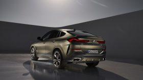 BMW X6 estudio 02