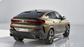 BMW X6 estudio 11