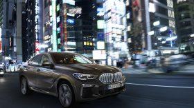 BMW X6 exteriores 06