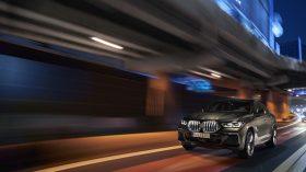 BMW X6 exteriores 07