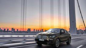 BMW X6 exteriores 09