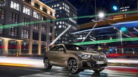 BMW X6 exteriores 12